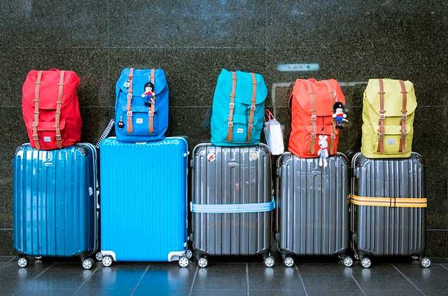 Luggage 933487 641